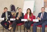 Konferenz in Kairo: Projektleiter Michael Puttinger, Sekem Energy-GF Birgit Birnstingl, Rasha El Kholy, Heliopolis Universität Technische Fakultät, Rene Bischof, BFI Burgenland